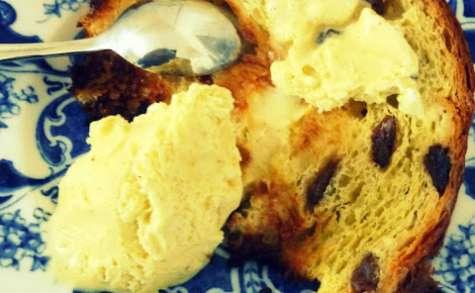 Panettone grillé et Glace à la Vanille un peu magique