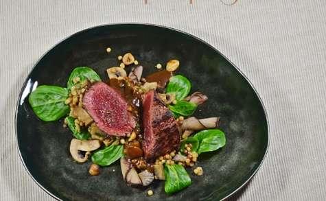 Filet de Faon - Fregola Sarda, poire de terre, mâche et champignon