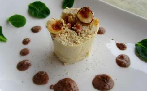 Suprêmes de volaille farcis aux châtaignes et aux noisettes, sauce au Floc de Gascogne et pain d'épices