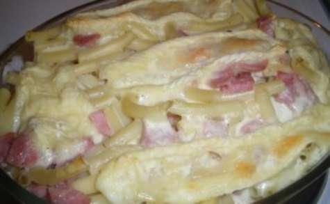 Gratin de macaronis au jambon façon tartiflette