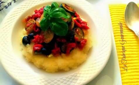 Polenta crémeuse aux légumes méditerranéens