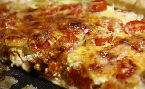 Quiche au thon, tomates cerises et moutarde
