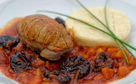 Paupiettes de veau aux pruneaux et aux noix