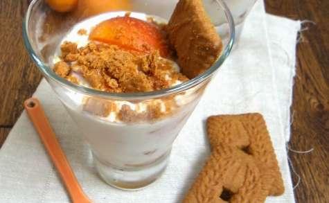 Trifle aux abricots, spéculoos et basilic