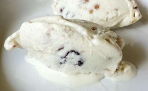 Glace au yaourt et au granola