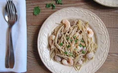 Spaghettis de riz au porc et aux crevettes