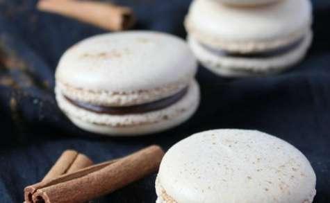 Macarons au chocolat et à la cannelle