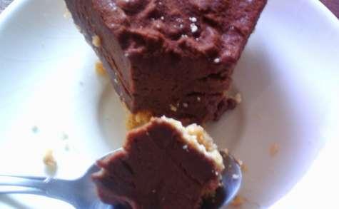 Cheesecake sans cuisson au chocolat et au caramel beurre salé