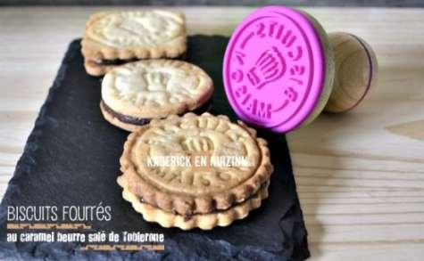 Biscuits fourrés au caramel beurre salé au Toblerone noir