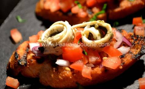Pan con Tomate aux Anchois Marinés