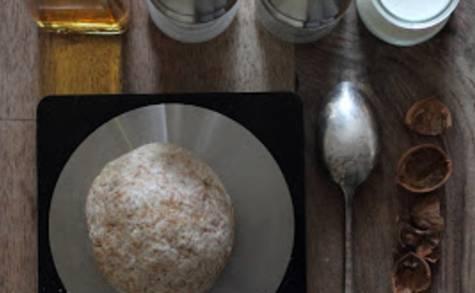 Pâte à tarte salée légère au yaourt et à l'huile de noix