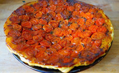 recettes de caramel par le chameau bleu tarte tatin de tomates cerises caram lis es. Black Bedroom Furniture Sets. Home Design Ideas