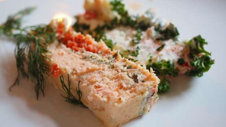 terrine aux asperges la mousse de saumon recette par streetfood et cuisine du monde. Black Bedroom Furniture Sets. Home Design Ideas