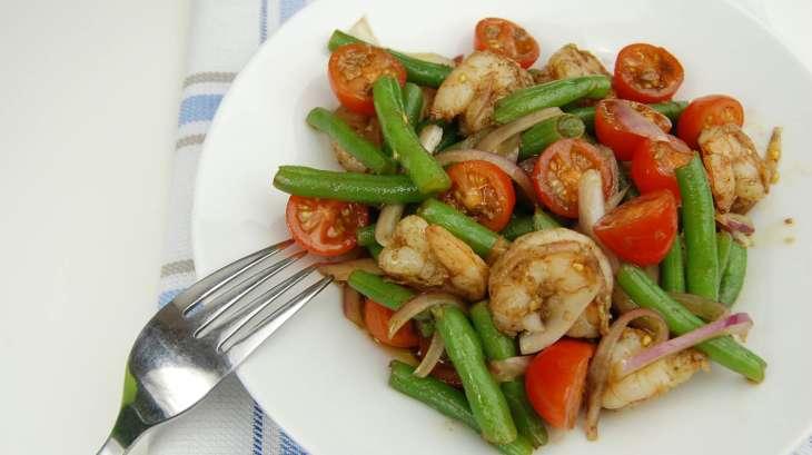Salade de crevettes et haricots verts recette par tchop - Cuisiner haricot vert ...