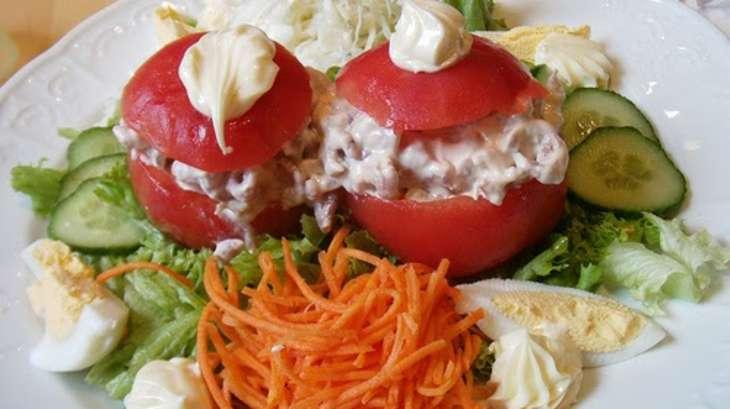 Tomates farcies au surimi oeufs durs fromage sauce for Cuisiner une entree