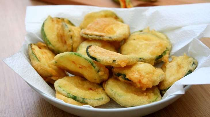 Beignets de courgettes recette par amandine cooking - Cuisiner les fleurs de courgette ...