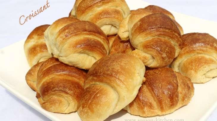 croissants facon boulangerie et pate feuilletee recette par sousoukitchen. Black Bedroom Furniture Sets. Home Design Ideas