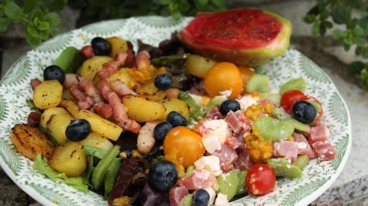 Salade salée-sucrée, en chaud et froid
