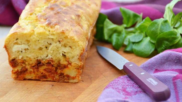 Cake marbré aux tomates séchées et chèvre