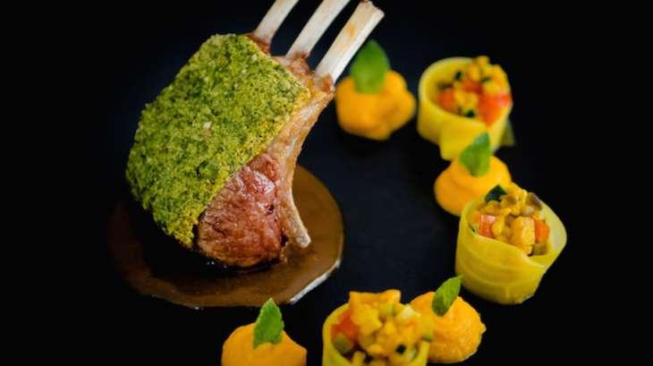 Carr d agneau en cro te d herbes et saveurs orientales - Cuisiner avec la sauge ...