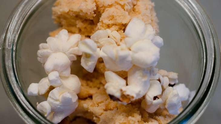Glace aux pop corn caramélisés
