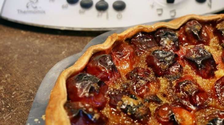 Gateau aux prunes rouges facile