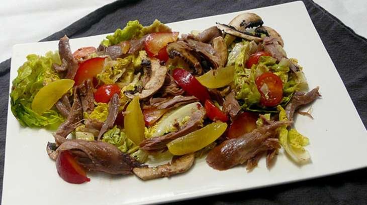 Salade de canard aux prunes