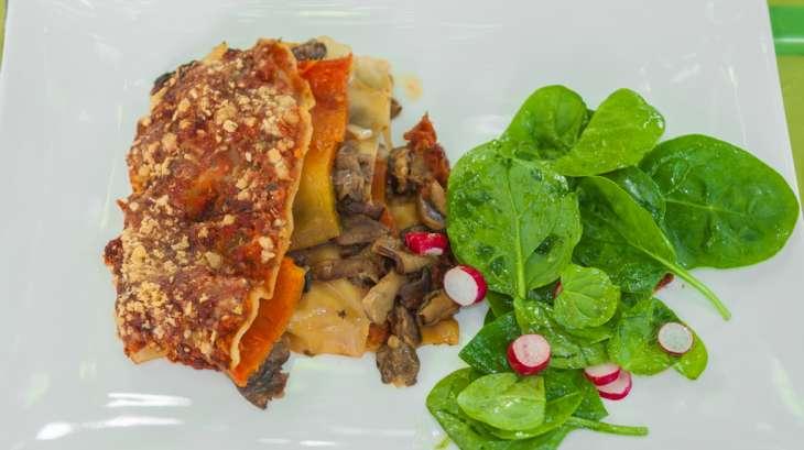Lasagnes aux poivrons, cèpes et parmesan