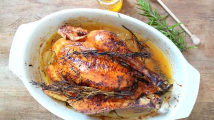 Poulet r ti au miel et au romarin recette par my - Cuisiner un poulet roti ...