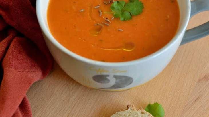 soupe de tomates de yotam ottolenghi recette par une aiguille dans l potage. Black Bedroom Furniture Sets. Home Design Ideas