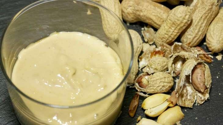 Crème de cacahuète maison en 4 mn