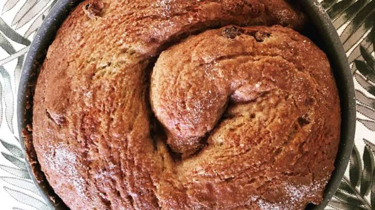 La brioche sans beurre à la cannelle et aux fruits secs