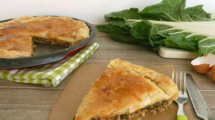 Tourte aux feuilles de blettes et au thon recette par - Comment cuisiner les feuilles de blettes ...