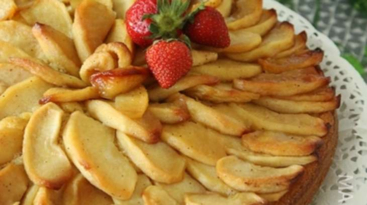 Gâteau au beurre et aux pommes