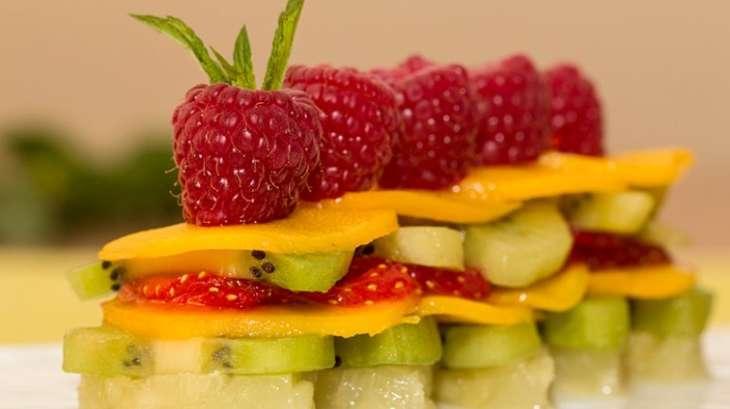Mille-feuille de fruits frais