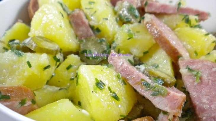 salade ti de ou froide de pommes de terre la saucisse de morteau recette par mimm. Black Bedroom Furniture Sets. Home Design Ideas