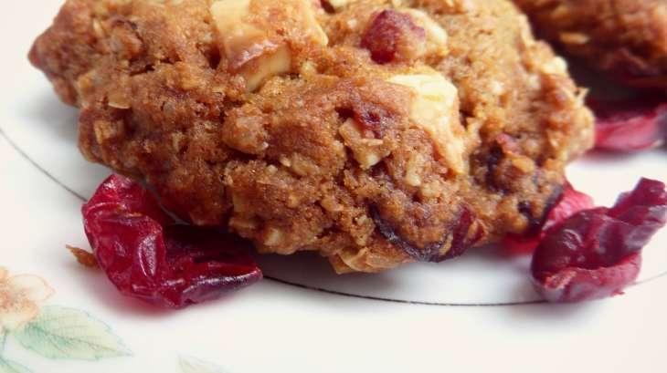 Biscuits cranberry, chocolat blanc et flocons d'avoine