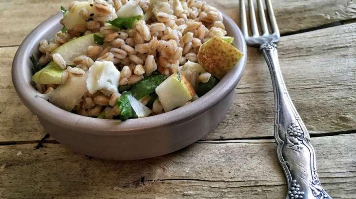 Salade de farro bl s italiens aux poires et gorgonzola - Cuisiner le petit epeautre ...