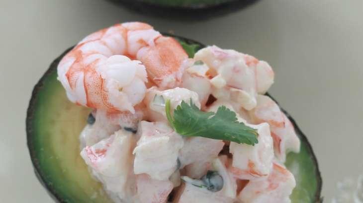 Avocats farcis aux crevettes une entr e simple et saine - Cuisine simple et saine ...