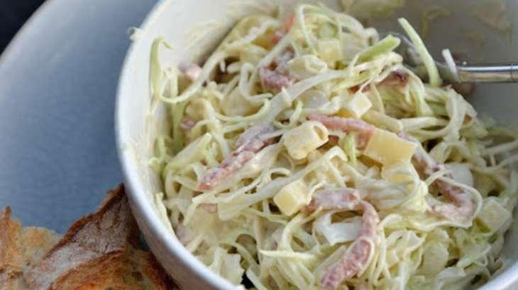 Salade de chou aux lardons et comt sauce au yaourt - Cuisiner du chou blanc ...