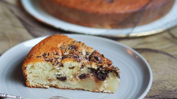 Gâteau au yaourt de mon enfance, poires et chocolat