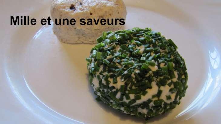 Fromage de chèvre frais à la ciboulette ou noix et raisin