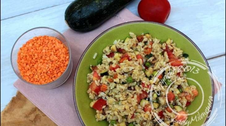 salade de riz complet aux lentilles corail avoine et l gumes recette par ladymilonguera. Black Bedroom Furniture Sets. Home Design Ideas