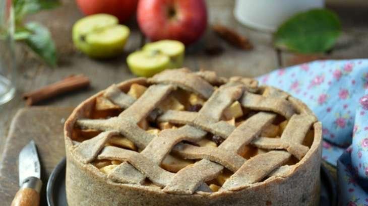 Tarte aux pommes, sirop d'érable et cannelle