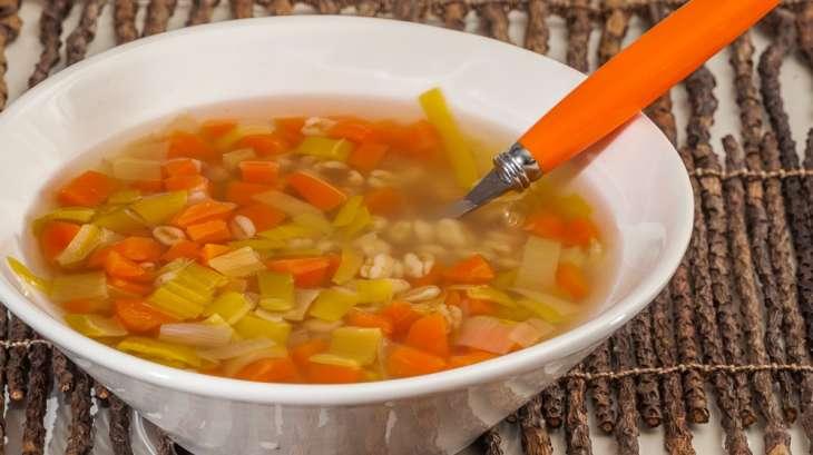 Soupe de légumes d'hiver au blé