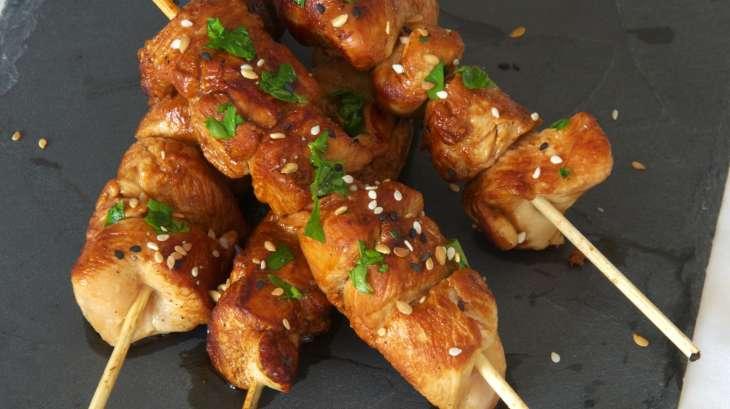 brochette de poulet esprit asiatique recette par karine cuisine. Black Bedroom Furniture Sets. Home Design Ideas