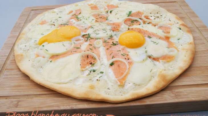 pizza blanche au saumon recette par tchoup 39 cooking. Black Bedroom Furniture Sets. Home Design Ideas