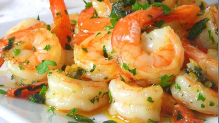 Crevettes saut es a l 39 ail recette par mes inspirations - Comment cuisiner les crevettes congelees ...