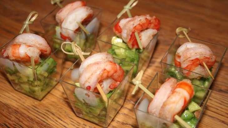 verrines faciles salade d 39 avocats et brochettes de crevettes recette par basboussa. Black Bedroom Furniture Sets. Home Design Ideas
