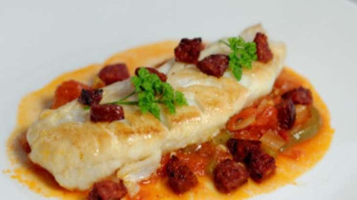 Dos de cabillaud saut s concass de tomates et chorizo - Cuisiner du dos de cabillaud ...